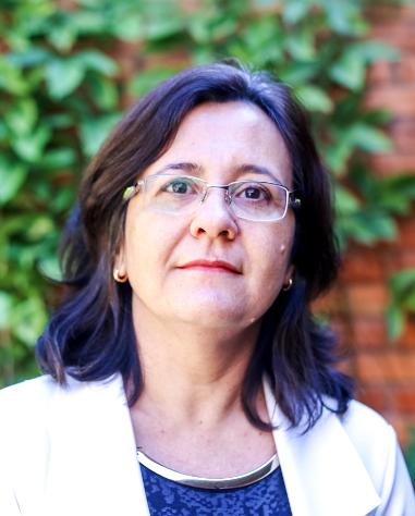 Valdirene Maria Silva Capuzzo