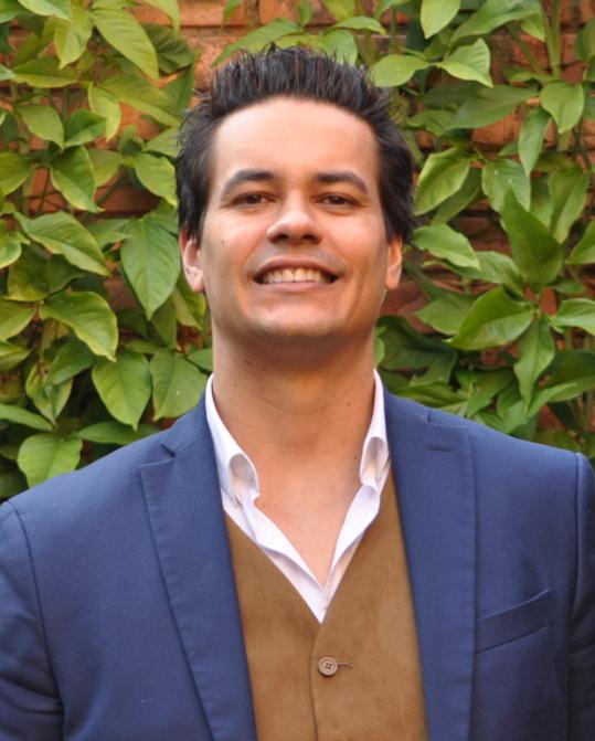 Ari Melo Mariano